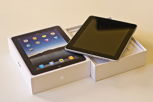 Unboxing the Apple iPad