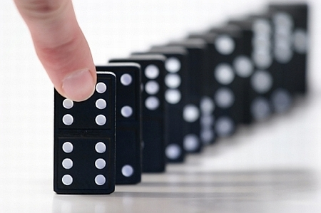 Behavioral economics: The IT failure domino effect
