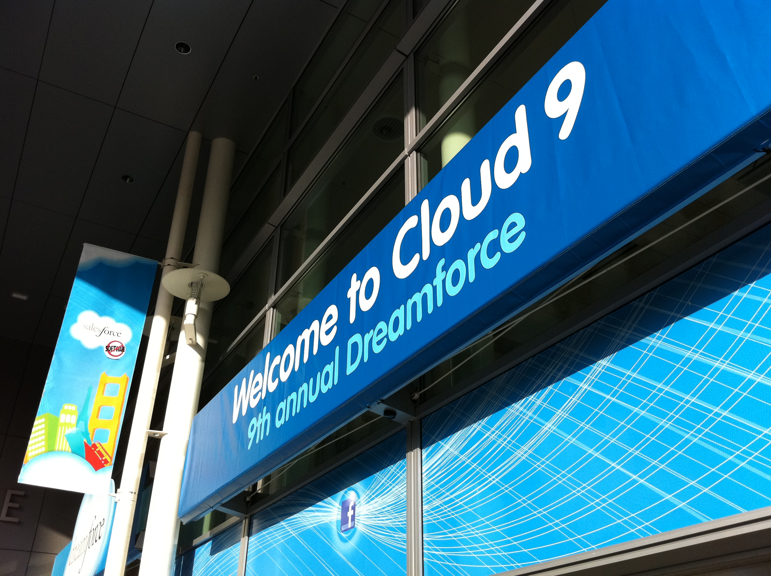 Dreamforce 11: Live Blogging the Benioff Keynote